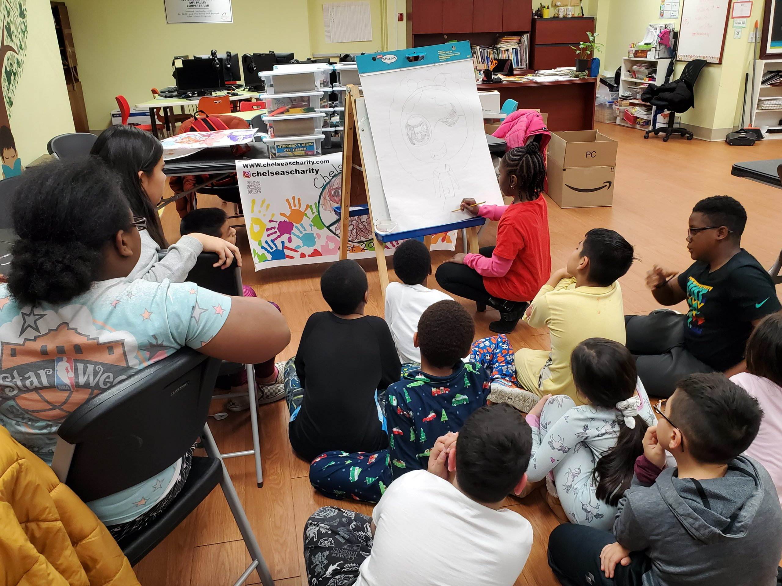 Chelsea teaching art lessons